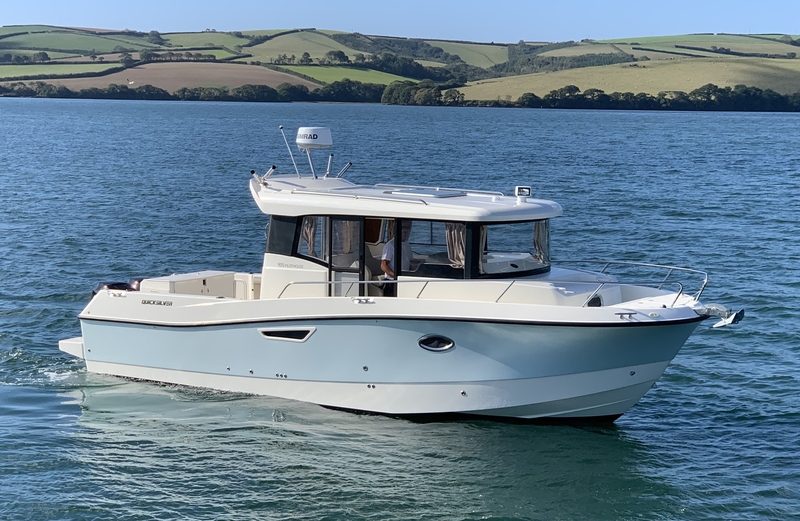 Quicksilver - 905 PILOTHOUSE