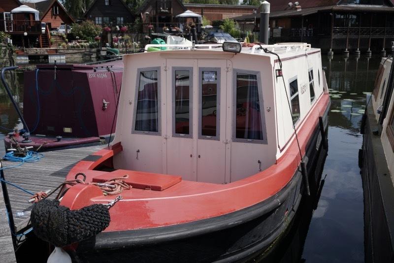 Sea Otter - narrowboat aluminium hull 31ft - Valarie