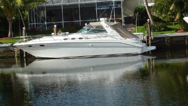 Sea Ray - 370 Sundancer