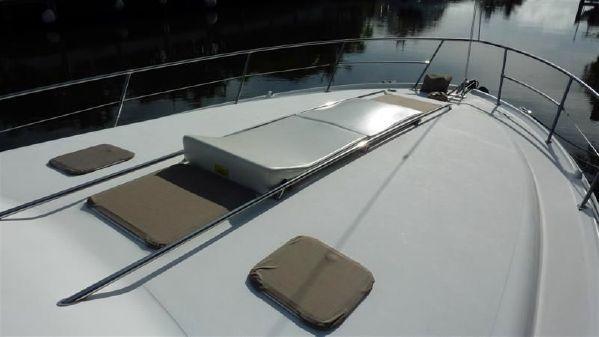 Sea Ray - 370 Sundancer