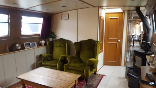 Barge - Widebeam Narrow Boat 70 ft