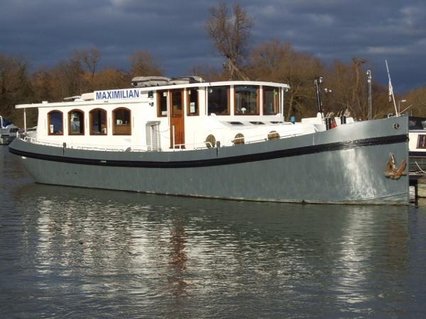 Luxemotor - Dutch barge