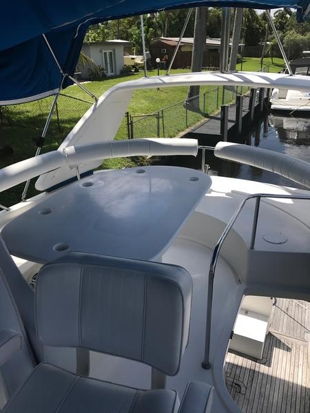 Dyna Craft - 48 Flybridge