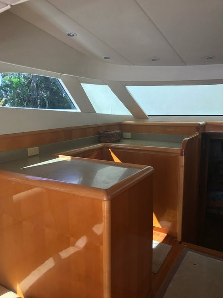 Dyna Craft - 48 Flybridge