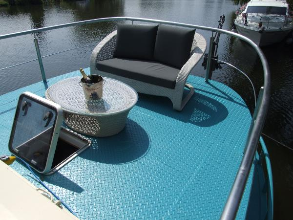 Luxe-Motor - 23.97m Barge