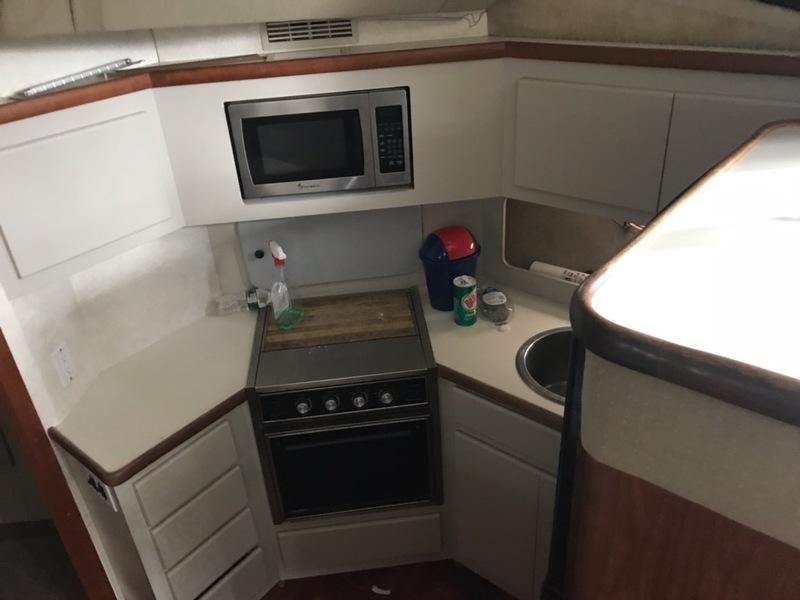 Carver - 3608 Aft Cabin
