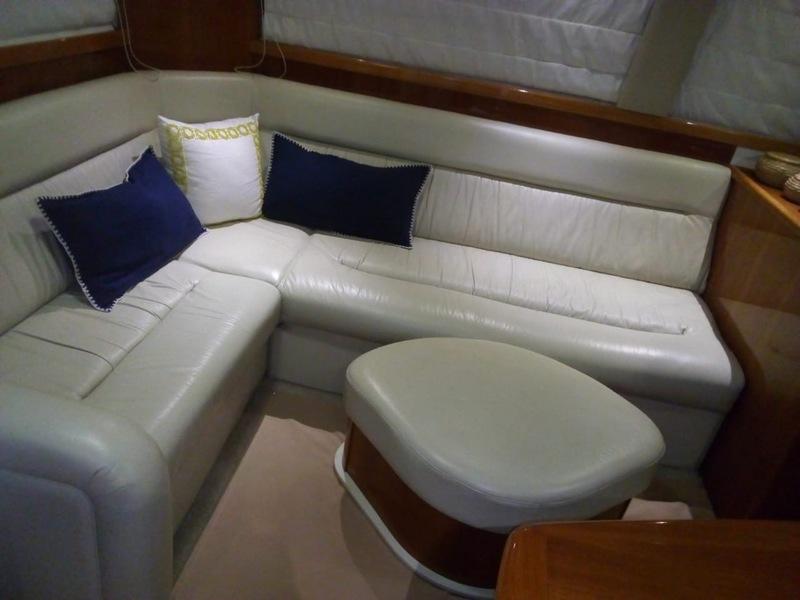 Riviera - 40 Flybridge