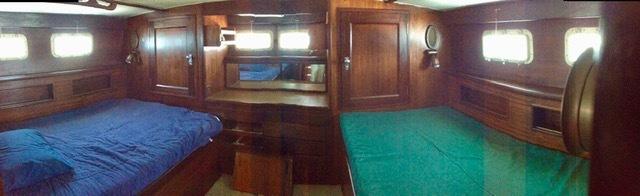 Hatteras - TRI-Cabin 44
