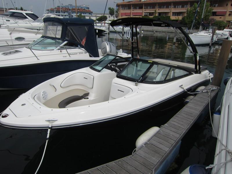 Sea Ray - 205 Bow Rider