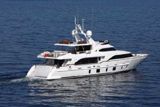 Benetti - 105 Tradition