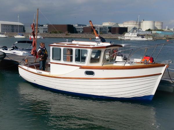 Custom - Tremadog Bay 23
