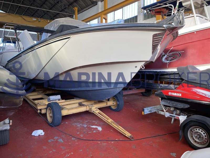 Boston Whaler - 27 GUARDIAN *Approved Boat*