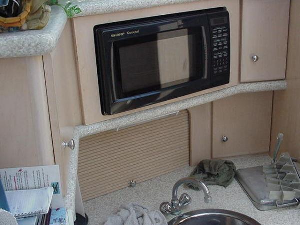 Carver - 356 Aft Cabin