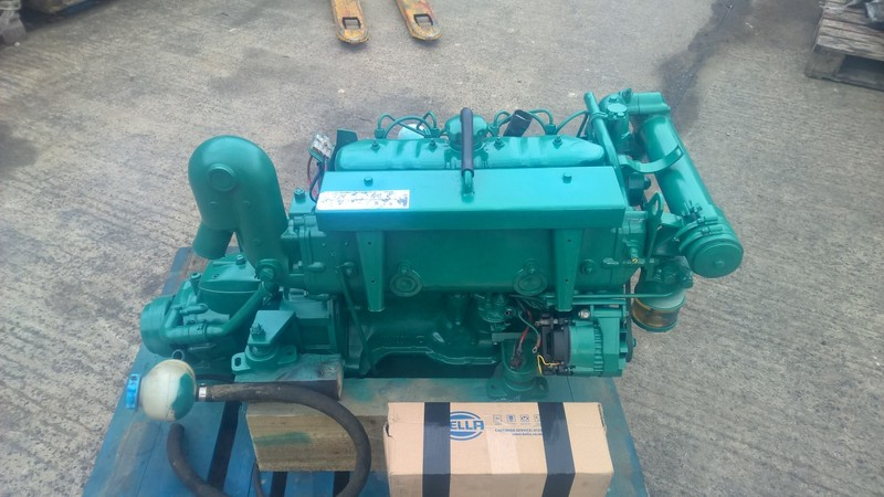 Volvo - MD21B 61hp Marine Diesel Engine Package