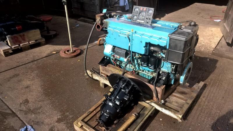 Perkins - M185C 185hp Marine Diesel Engine