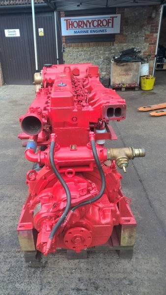Scania - DS11 200hp Marine Diesel Engine Package