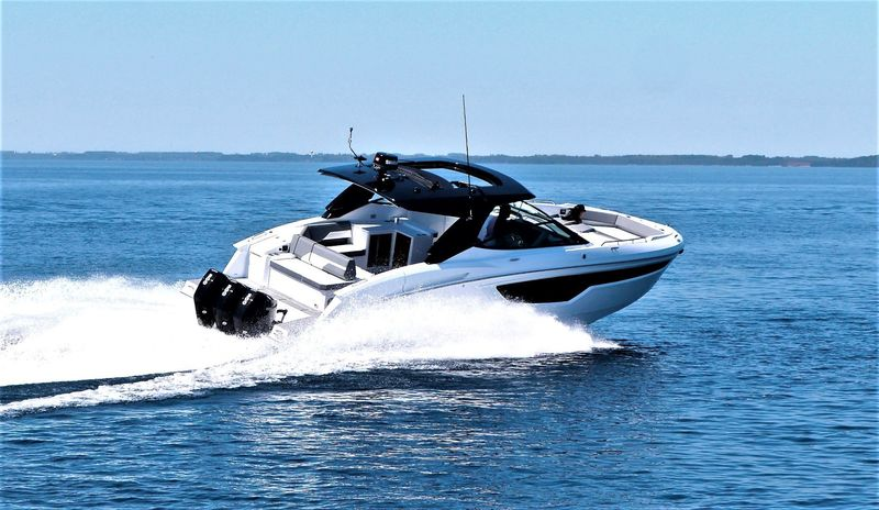 Cruisers - 38 GLS