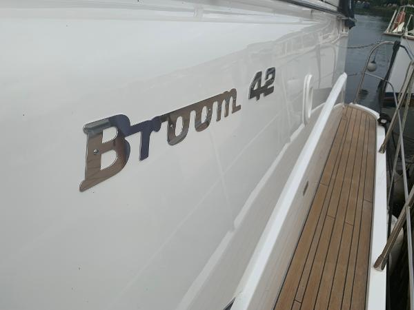 Broom - 42 CL