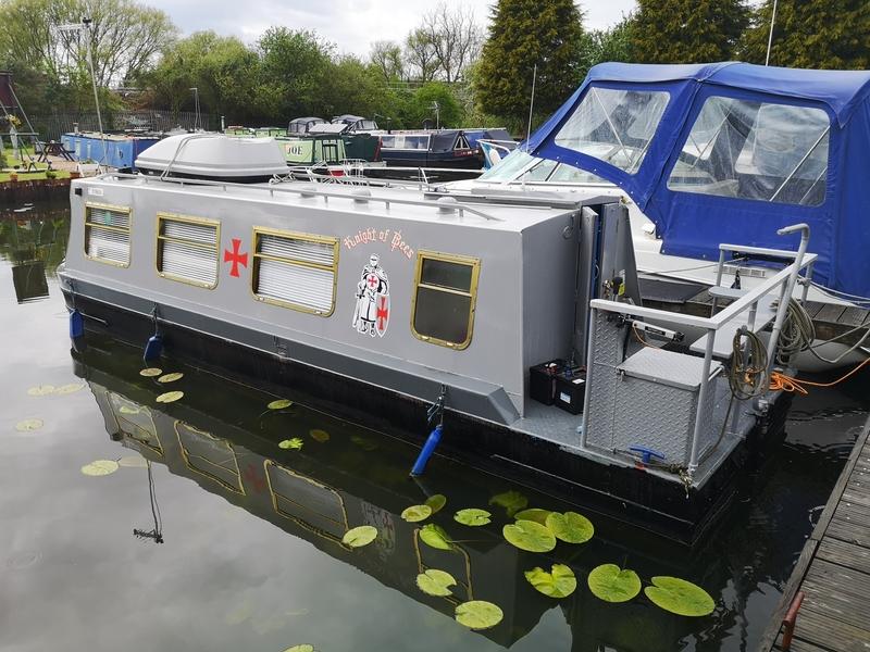 Springer - 27 Narrowboat