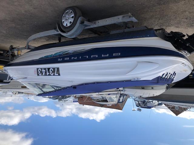 Bayliner - Capri 2052