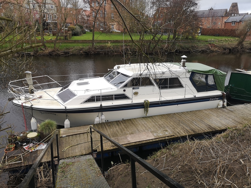 ***SOLD*** Fairline - 32 Sedan