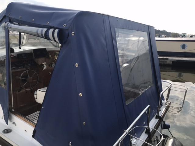 Eastwood - 24 (Almirante)