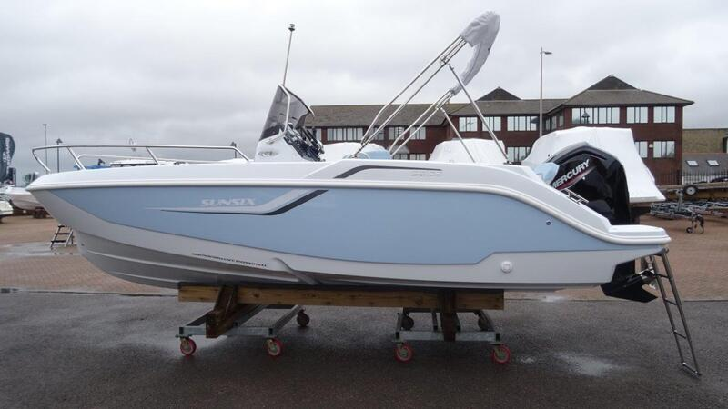 Salpa - Sun Six jet set *New in Stock* On The Water Package