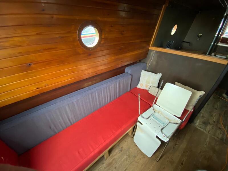 D Jones - 40ft Narrowboat