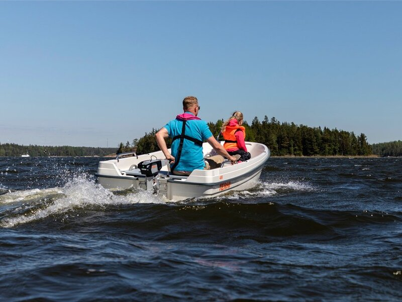 Terhi - 400 OPEN BOAT. GREEN OR WHITE AVAILABLE TO BUY NOW!