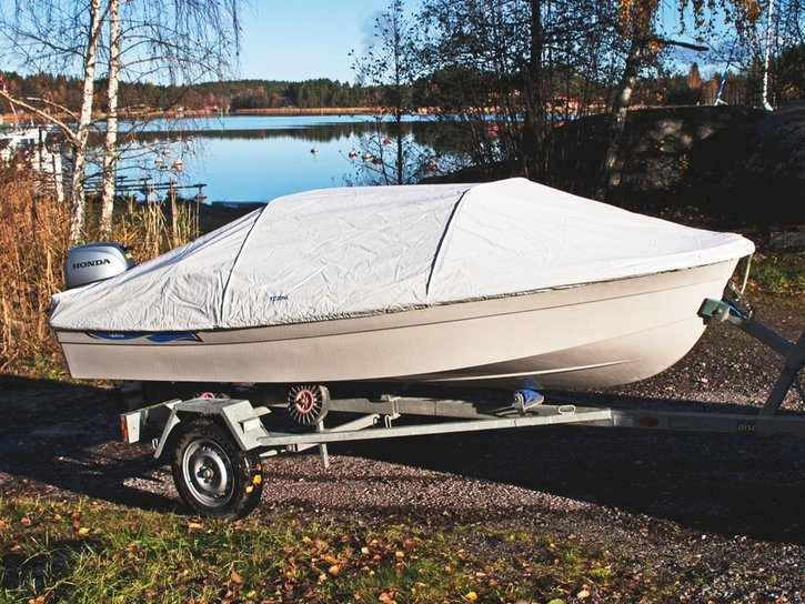 Terhi - 400 C BOAT GREEN HULL   DELIVERY AVAILABLE. IN STOCK TO BUY NOW!