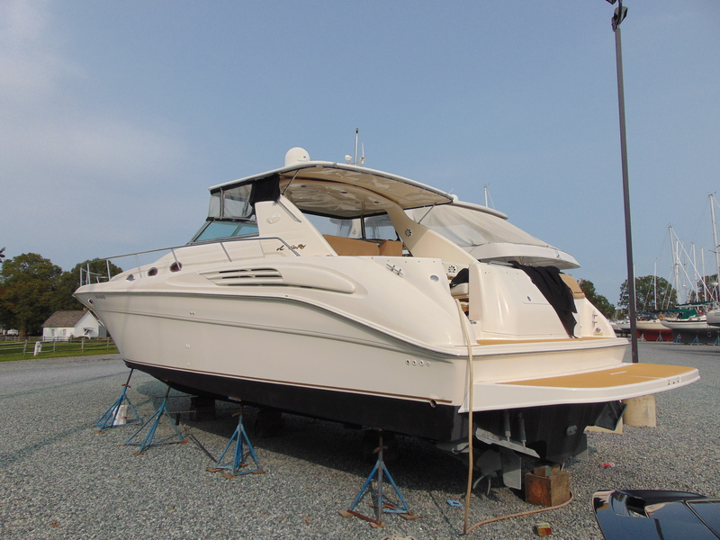 Sea Ray - 450 Sundancer