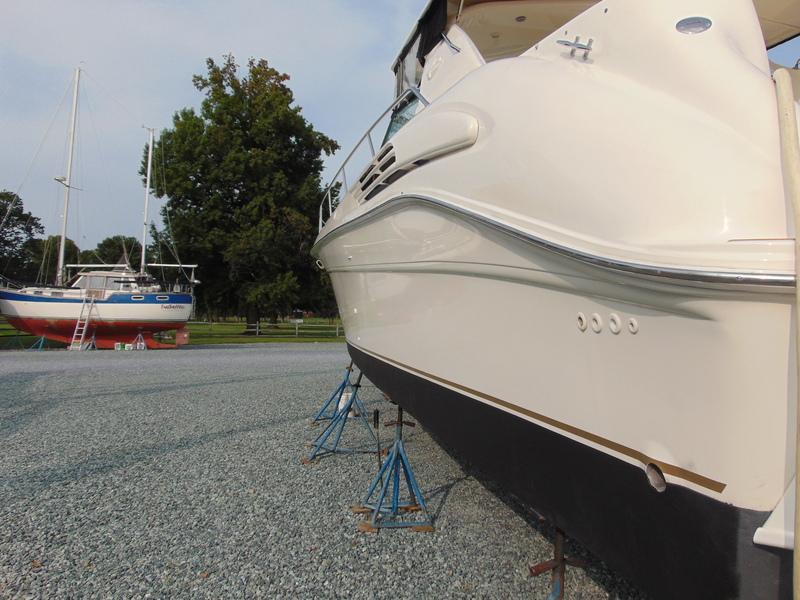 Sea Ray - 450 Sundancer