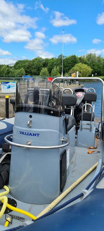 Valiant - DR570