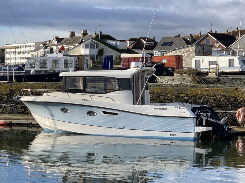 Quicksilver - QUICKSILVER 905 PILOTHOUSE