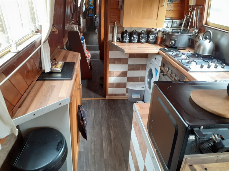 Colecraft - 60ft Narrowboat called Wobbles