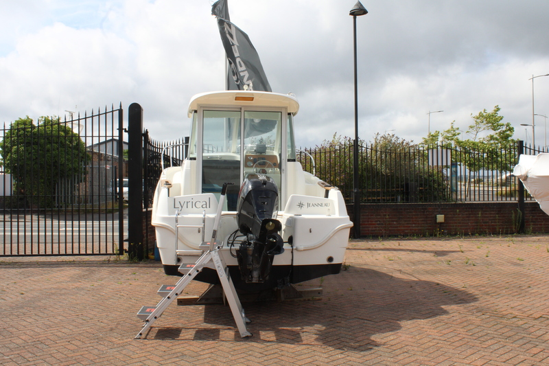 Jeanneau  *Sold* - Merry Fisher 585