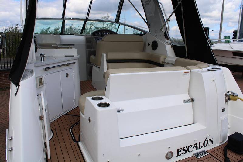 Rinker - 270 EX - 2019 Model