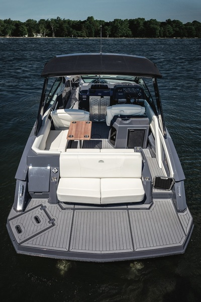 Cruisers Yachts - 338 South Beach *New* Arriving Nov 2021