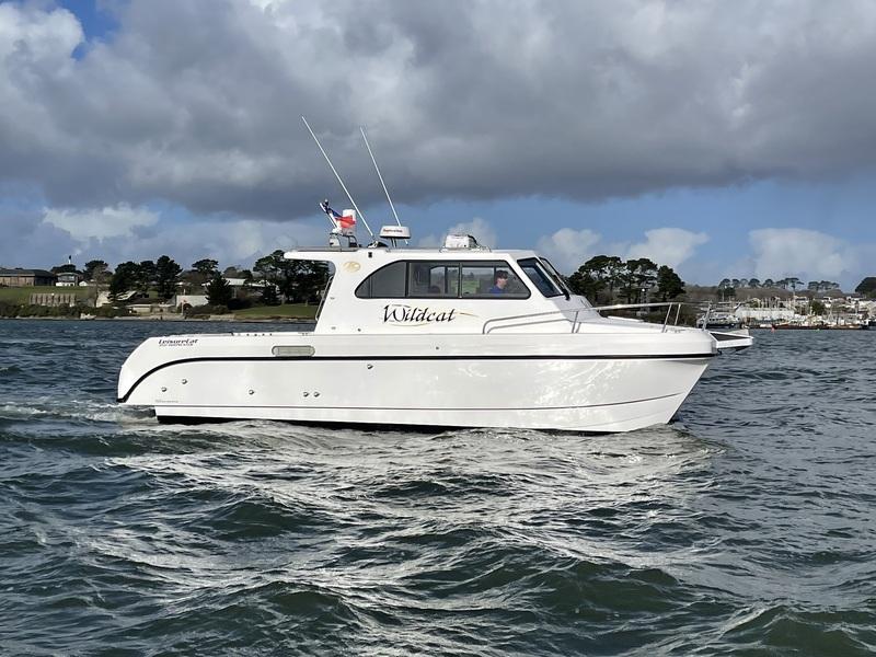 Leisure Cat - 350 Deep Water