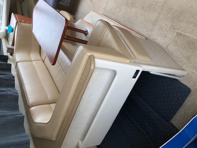 Bayliner - 2858 Flybridge (Ask for a virtual tour)